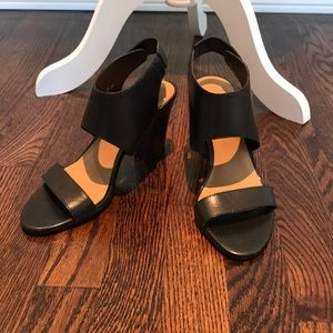 Franco Sarto black leather strap sandal